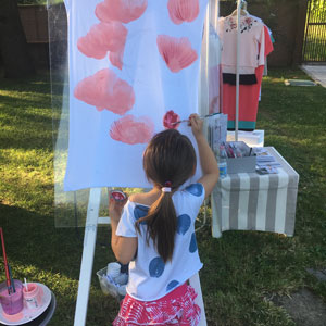 Zoe was painting during a market